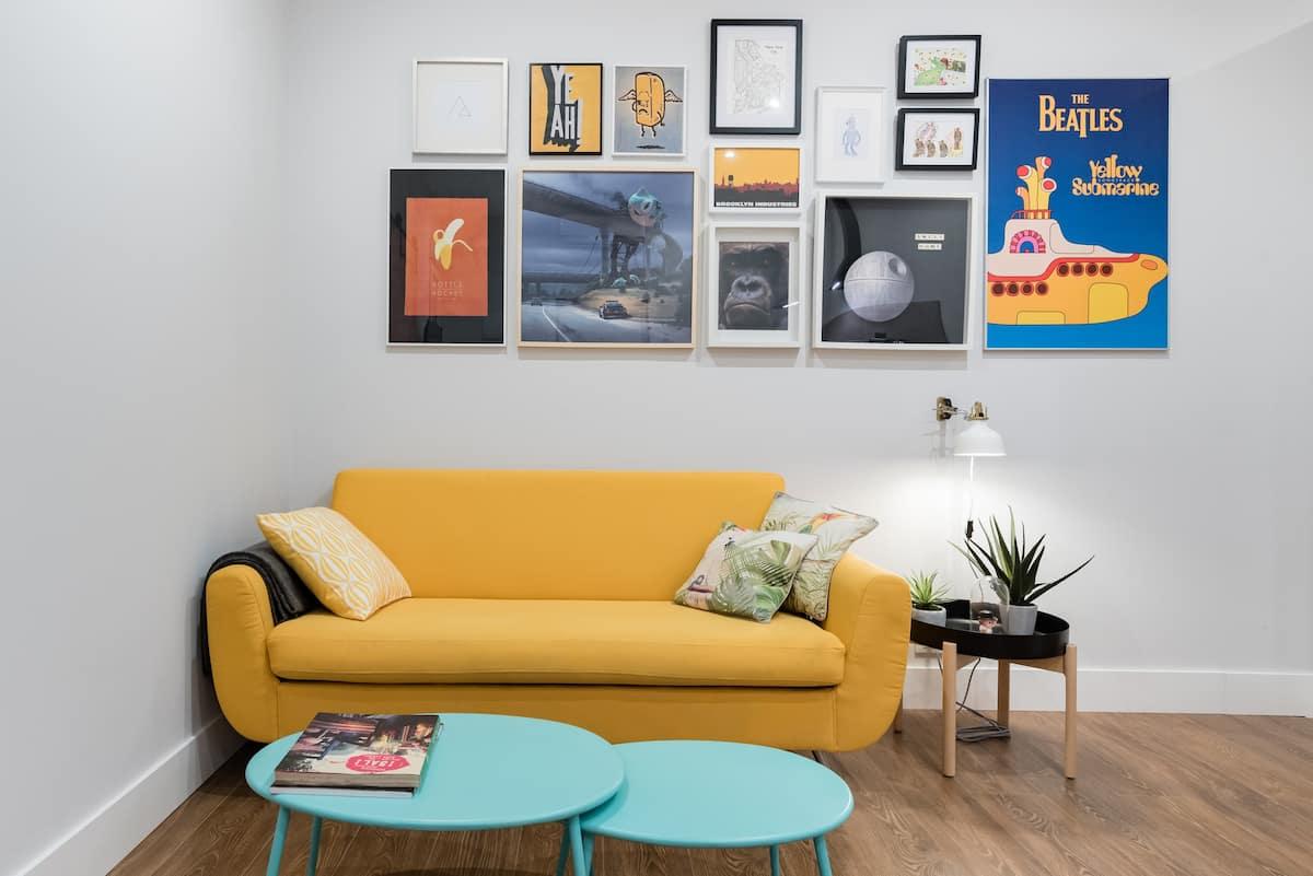 Un, dos, tres Lavapiés, el barrio 'it' de Madrid, en este alegre apartamento