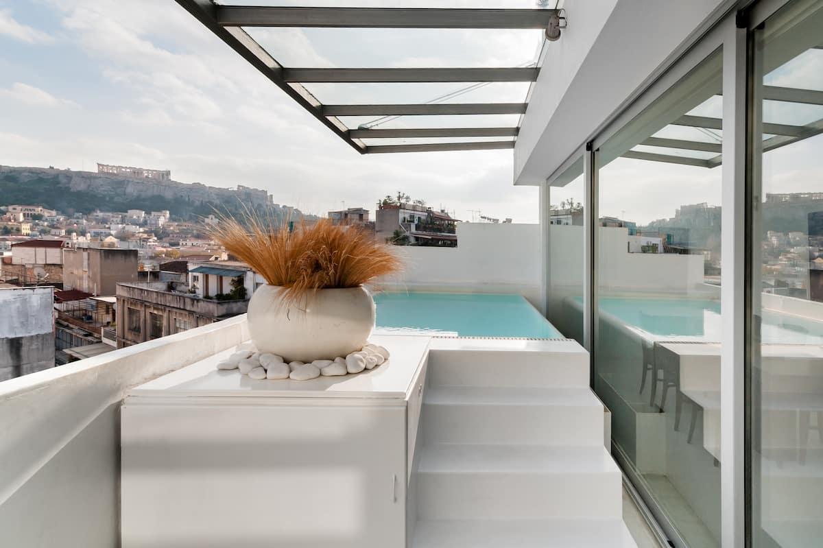 Alto Penthouse