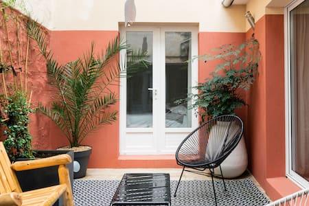 - Le Patio - Ambiance calme et chaleureuse dans l'hyper centre de Concarneau