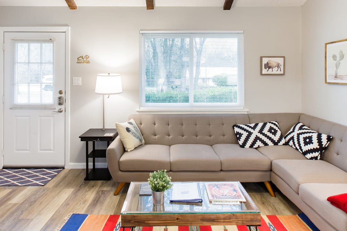 The 'Plex—Central Austin Retreat close to Downtown