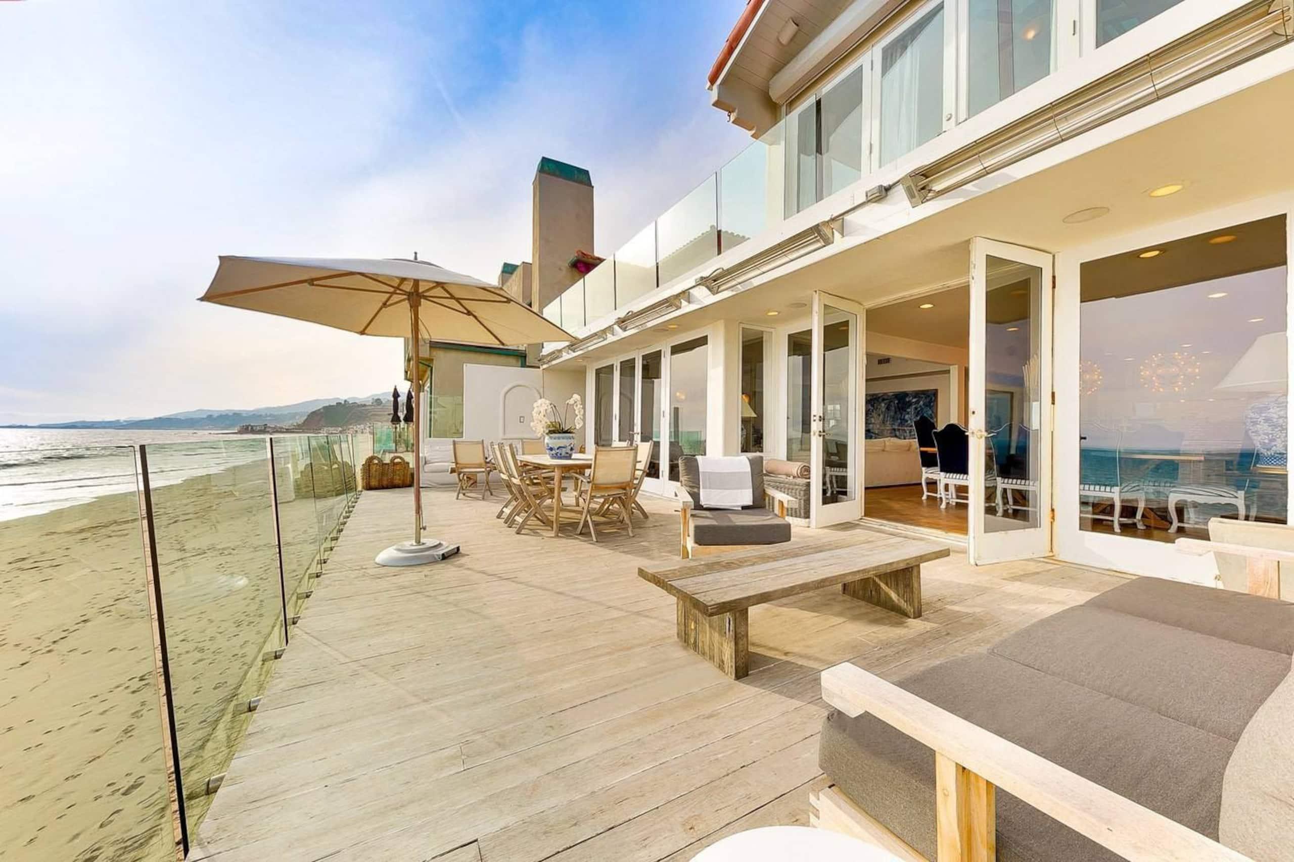 Apartment Villa Shawaiz - Beachfront Villa with 5 beds  photo 20178503