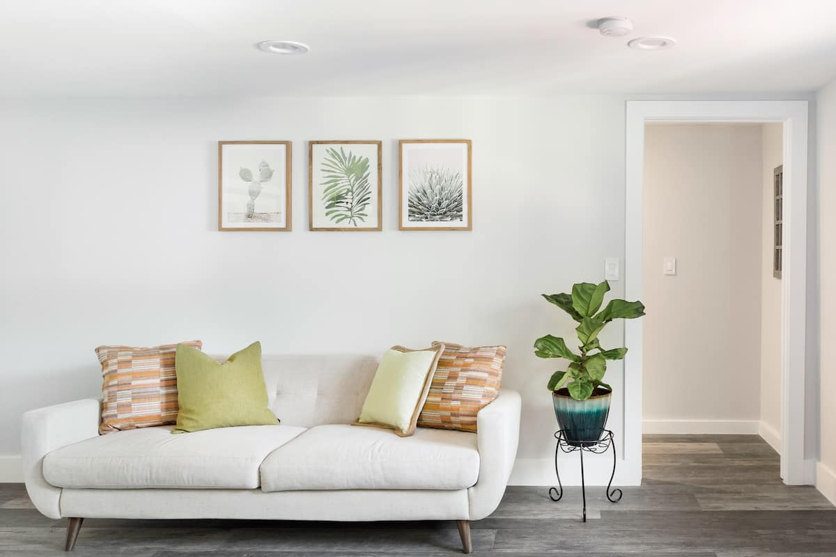 Bright, Warm Guesthouse in North Hollywood