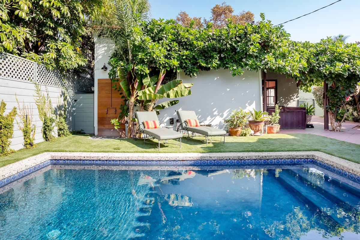 Spanish Style Hollywood Casita with Pool and Hot Tub