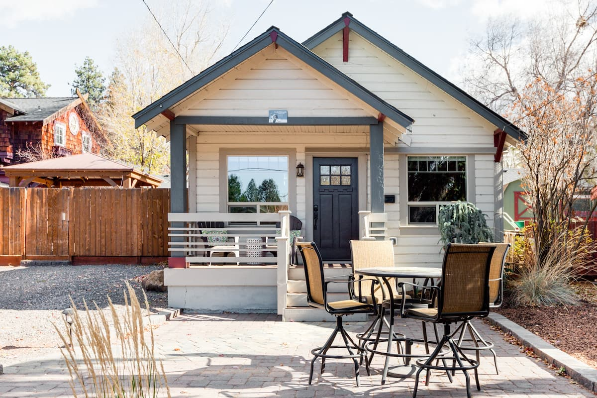 Feel the Pioneer Spirit in a Rustic Pet-Friendly Bungalow