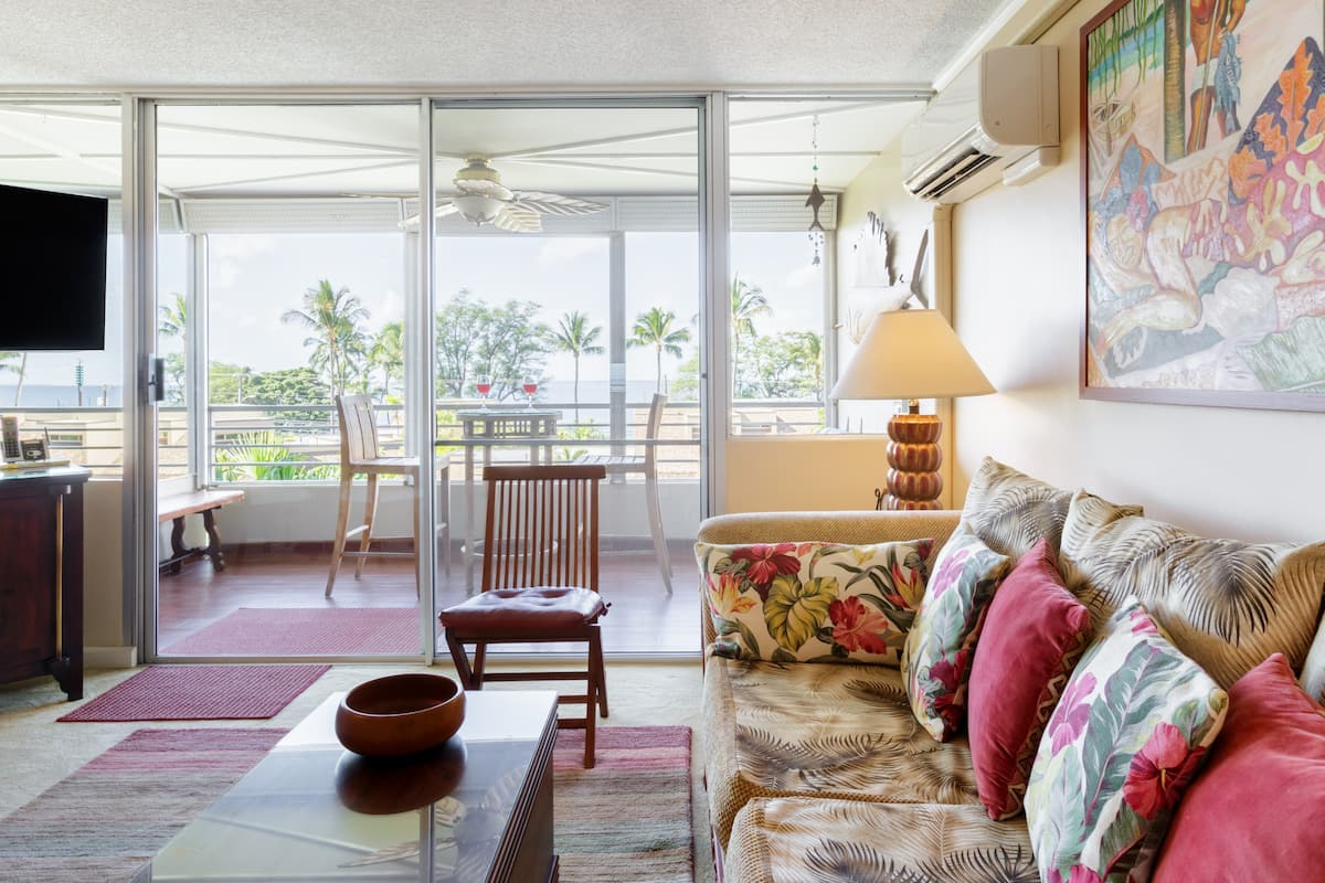 Stroll to Beach from Ocean View Condo with Pool & Roof Deck