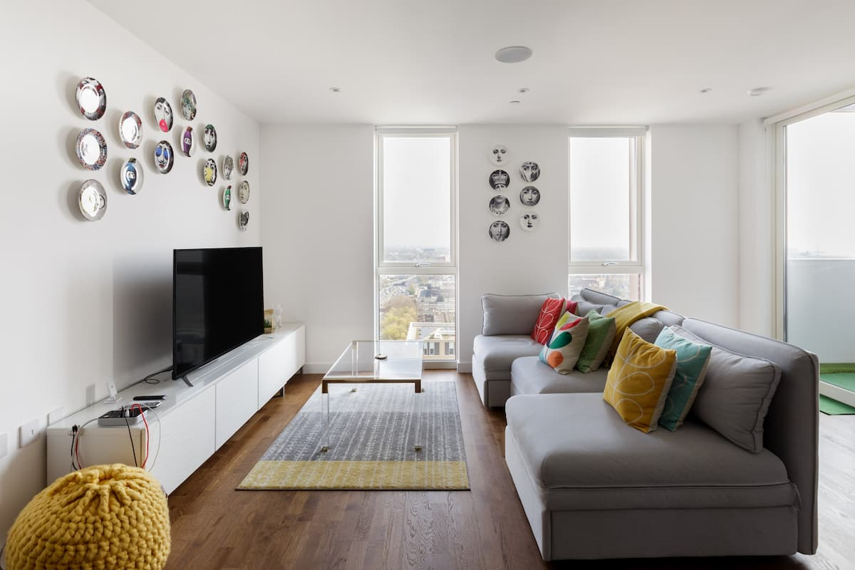 Two Min Walk to Tube Exquisite Cosy Design Near Excel
