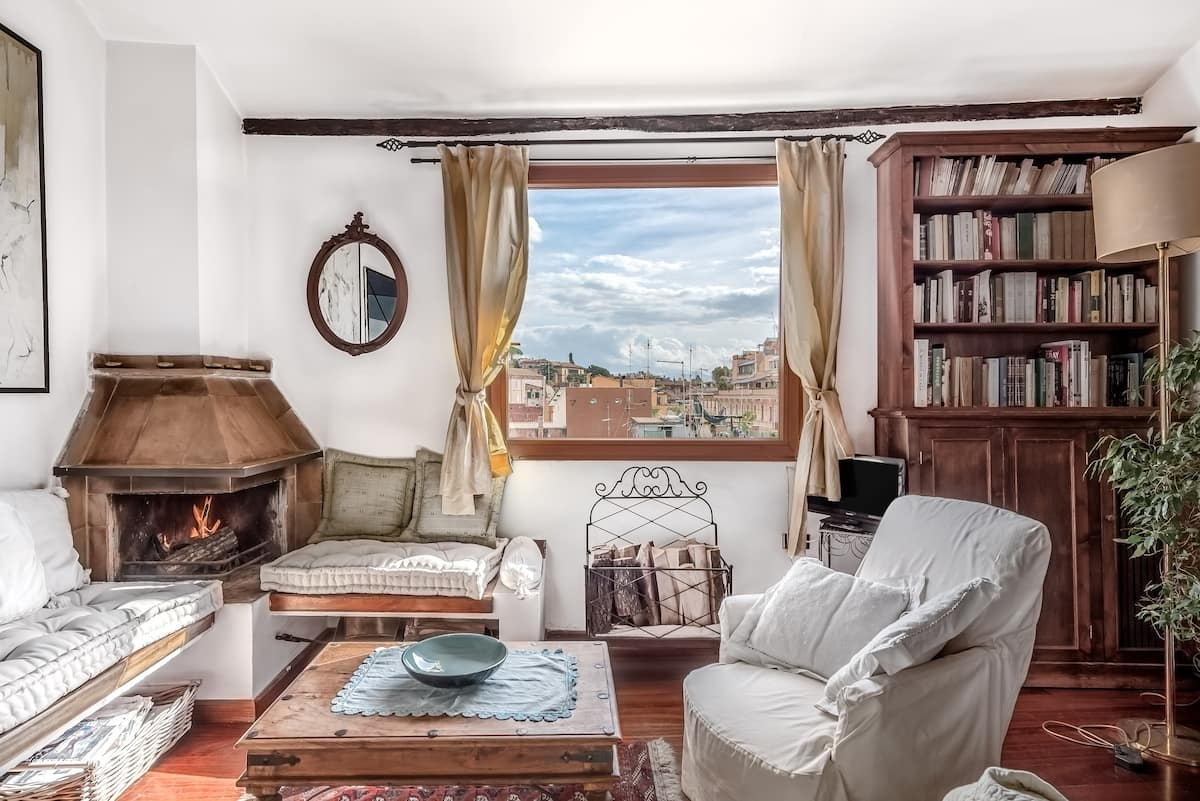 Charming Penthouse in an Ancient Jewish Quarter Palace
