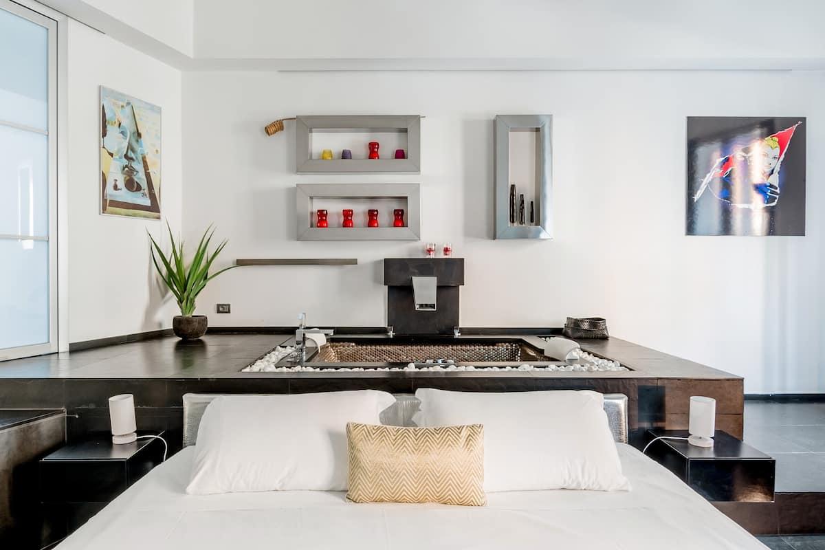 Moderno appartamento vicino a Piazza di Spagna e la fontana di Trevi
