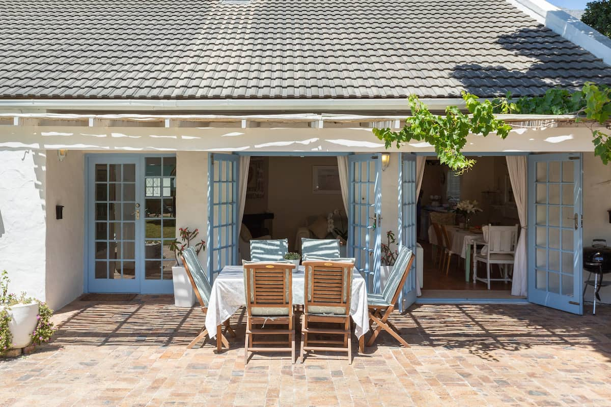 Hout Bay Child-Friendly Beach Cottage