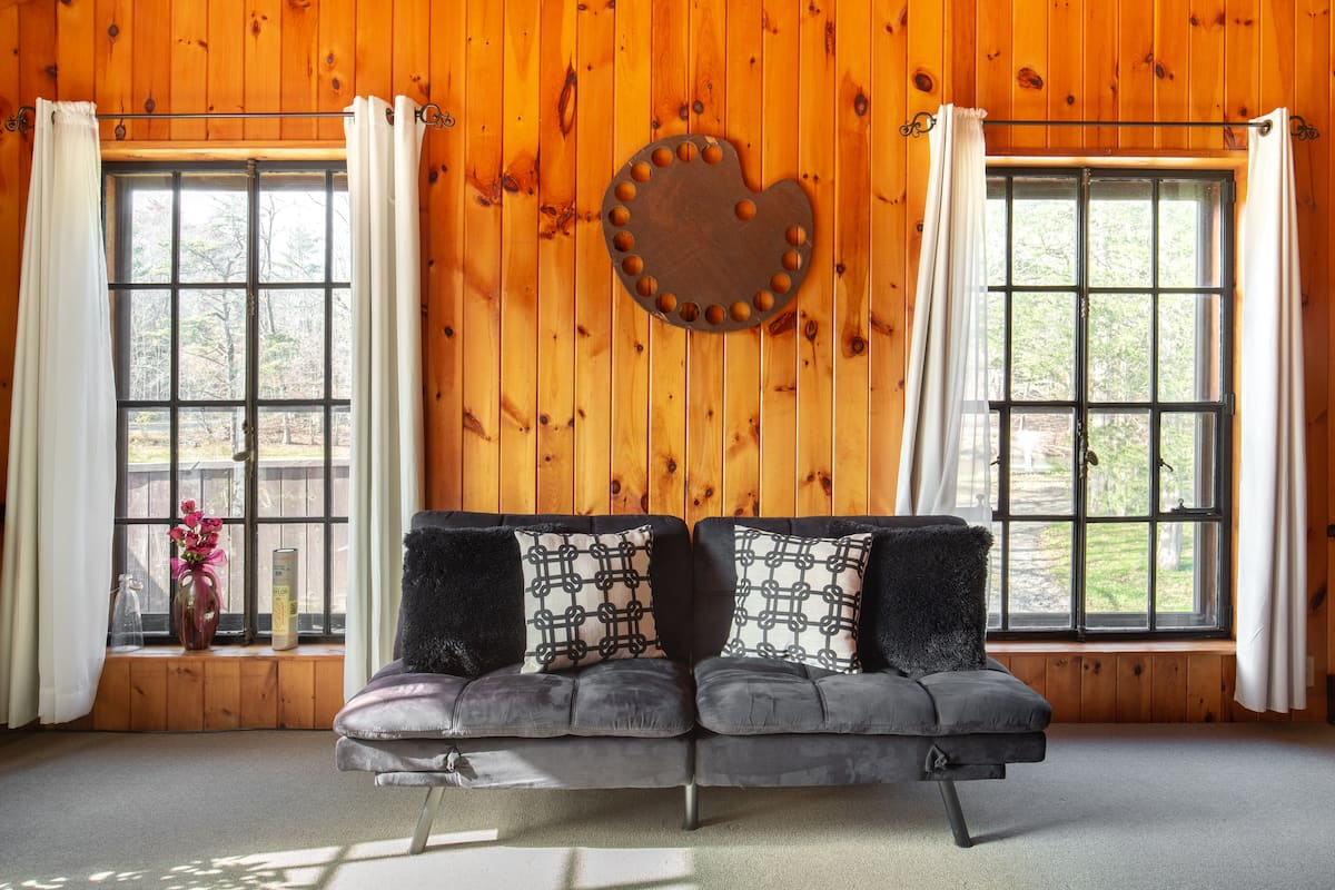 Cozy Log Cabin Vibes at a Peaceful Studio on a Small Farm