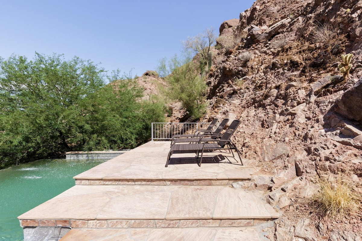 Hike Camelback Mtn from an Exclusive Luxury Villa