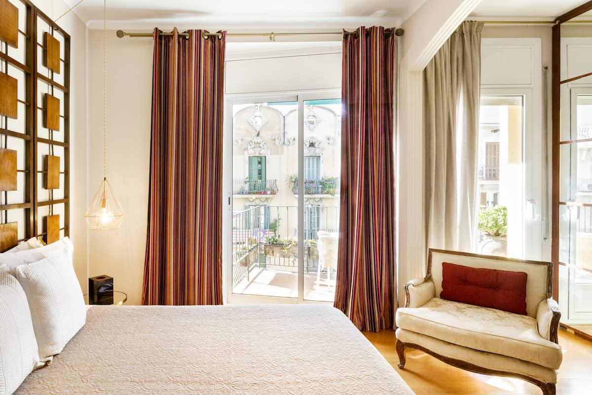 Private Room Classy Apartment Central Barcelona Plaza España