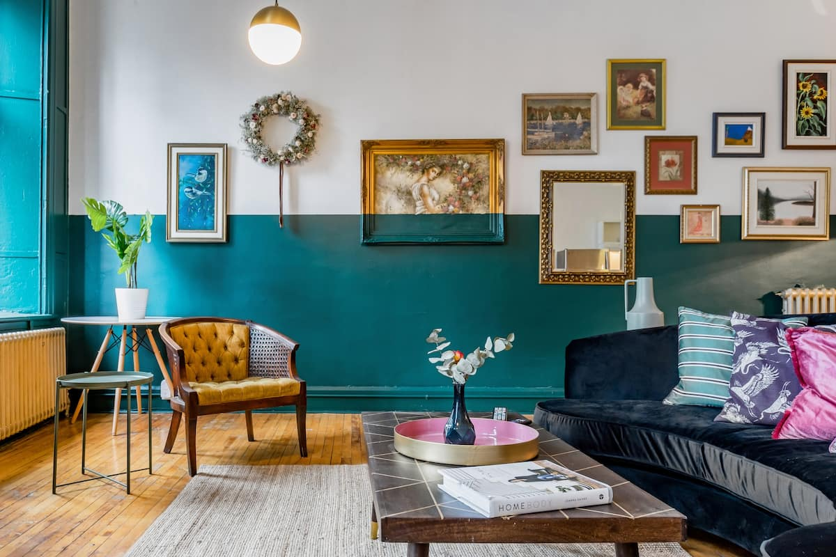The Regency Loft—Retro Style on Notre Dame Street