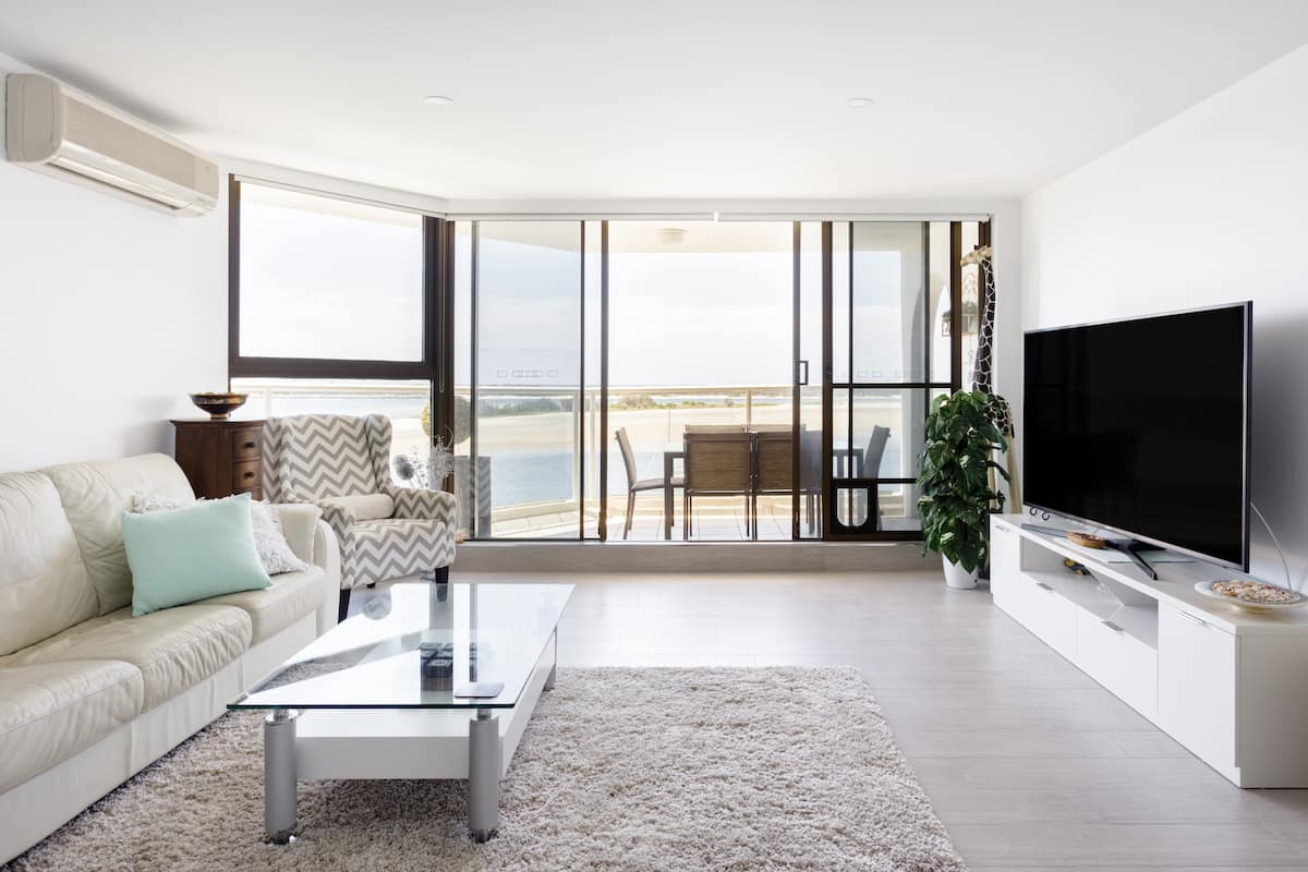 Spectacular Water and City Views from an Oceanfront Condo