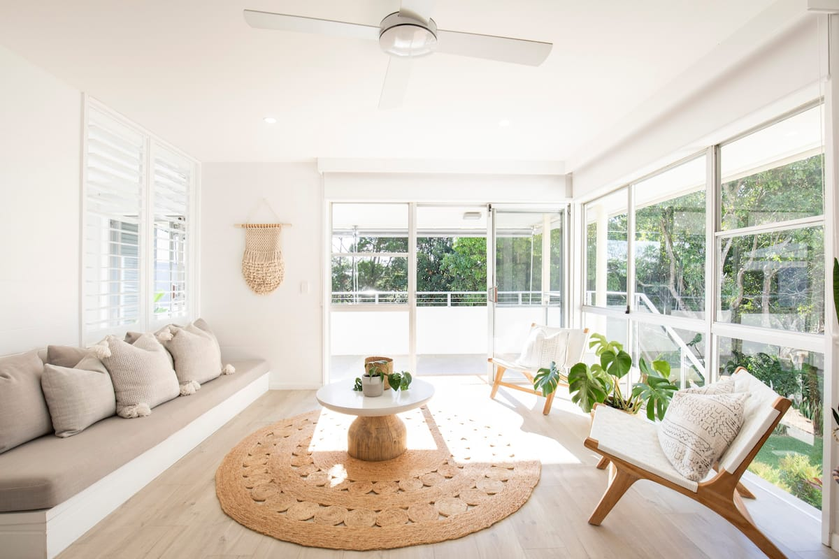 Chic Coastal Escape in Noosa Heads