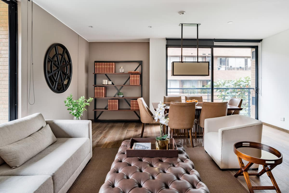 Stunning Design and the Ease of an Apartment with Staff