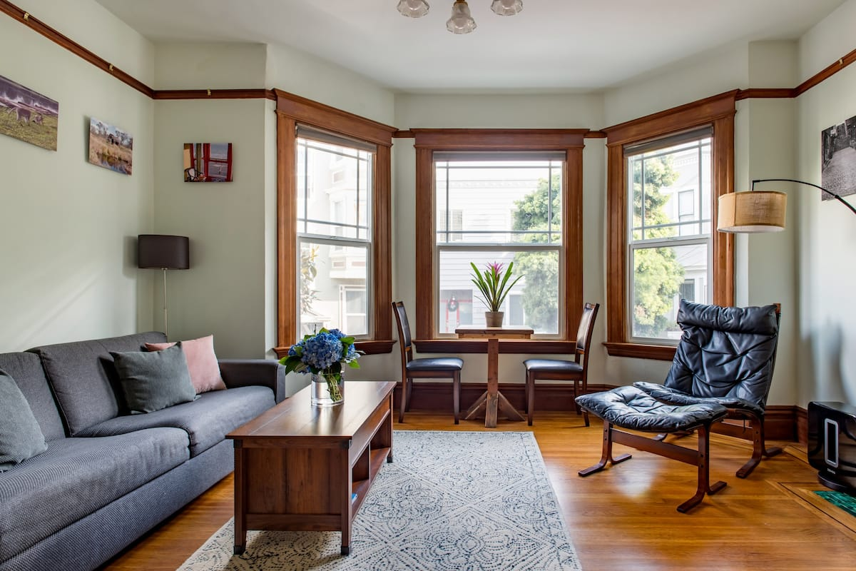 Centrally Located Two Bedroom Victorian Smart Home