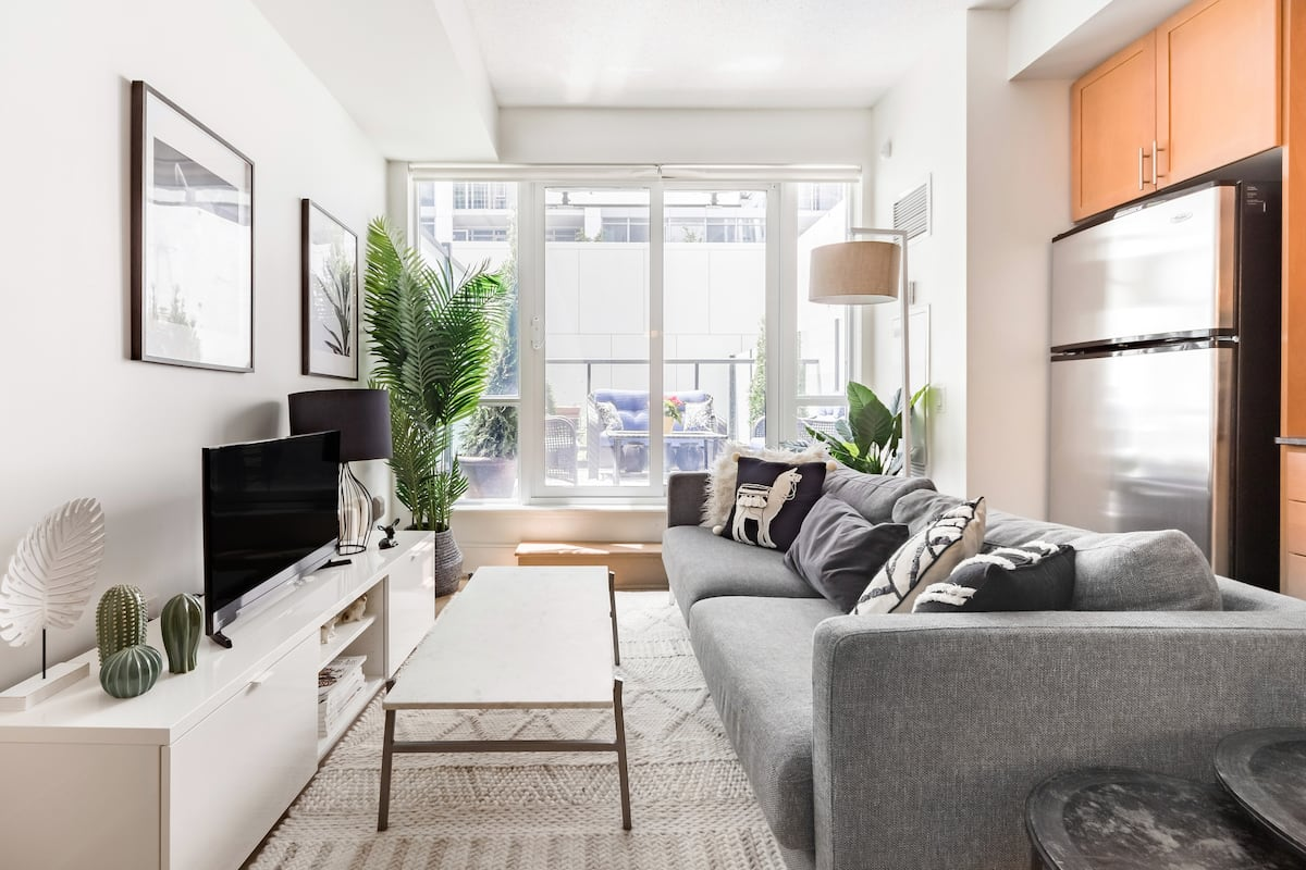 Explore Toronto from an Exquisite Home in King W.