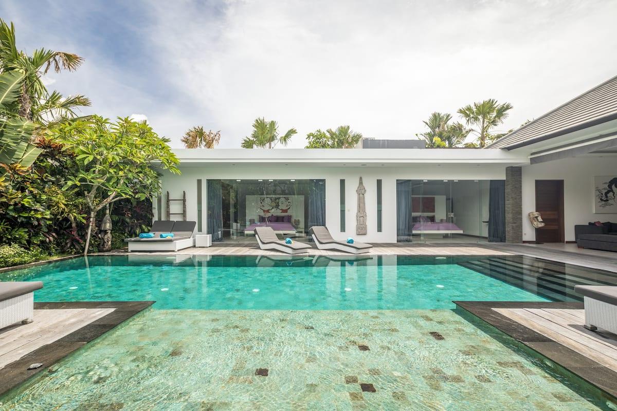 Magnifique villa moderne avec piscine à Seminyak