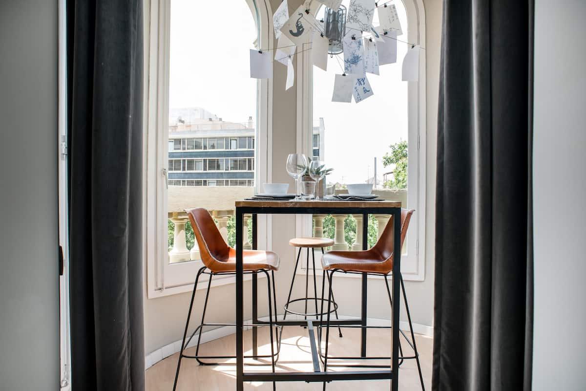 Stylish Studio with Magnificent View Las Ramblas
