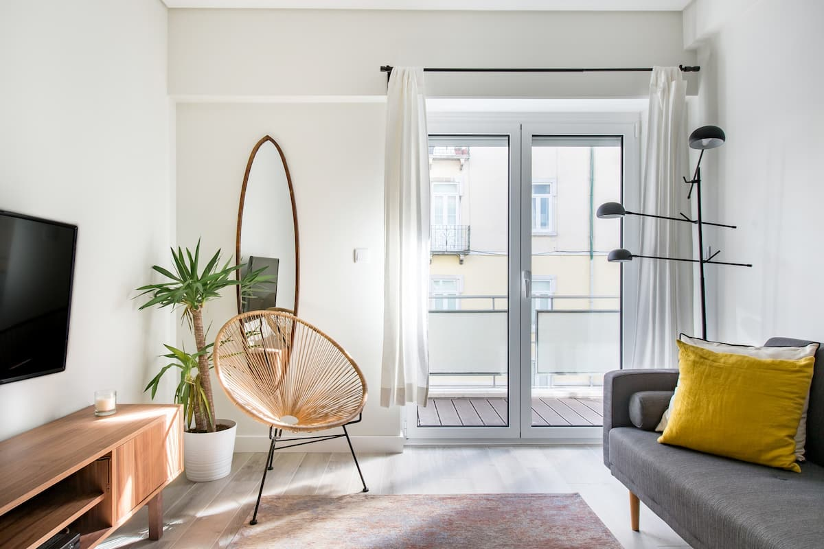 Boutique Minimalist Apartment with Balcony
