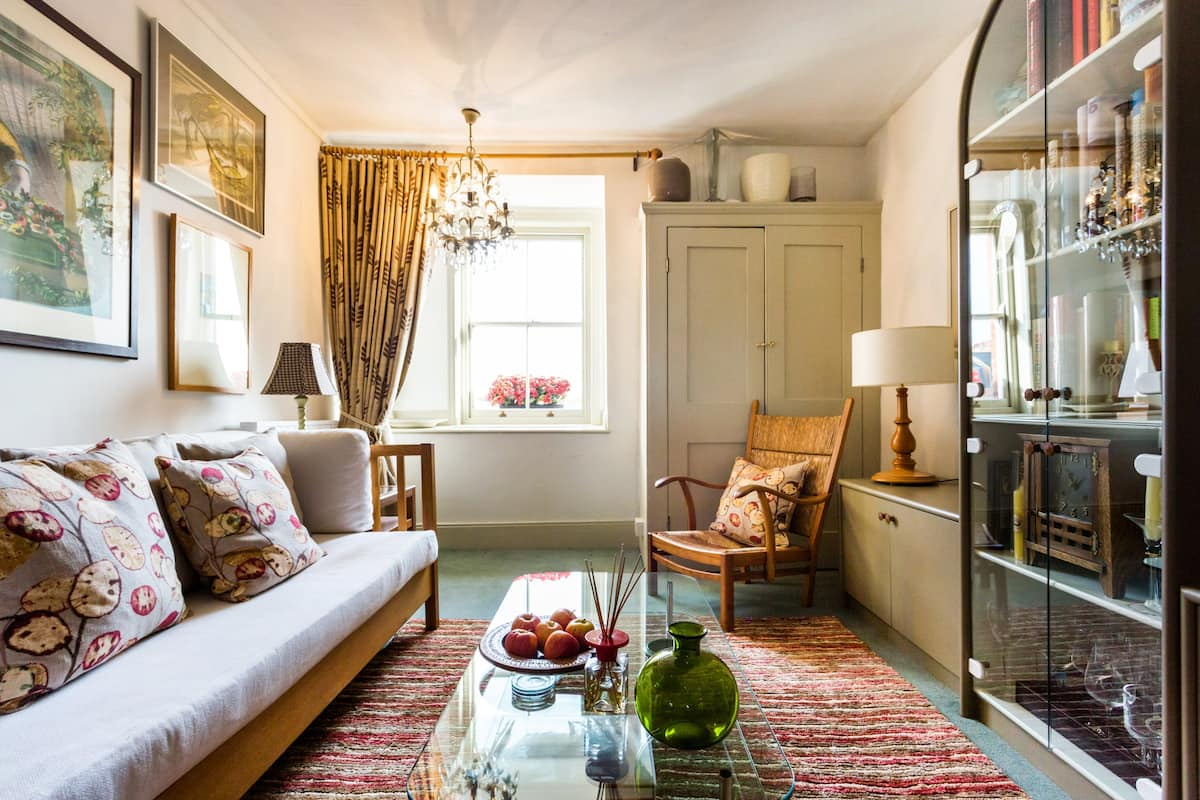 Chic Flat Close to Harrods and the V&A Museum