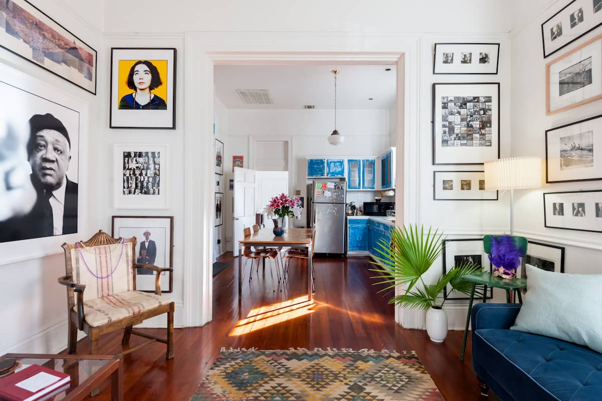 Bright & Open Historic & Vibrant Central Apt