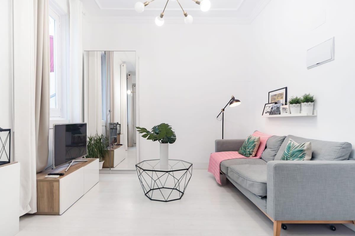Apartamento de diseño actual en Malasaña