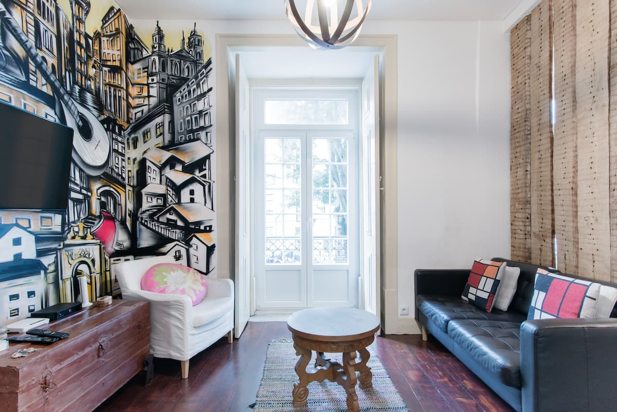Explore Lisbon from an Artistic Home by Ldapartments