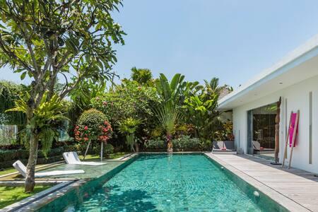 Superbe et spacieuse villa vue rizière à Seminyak