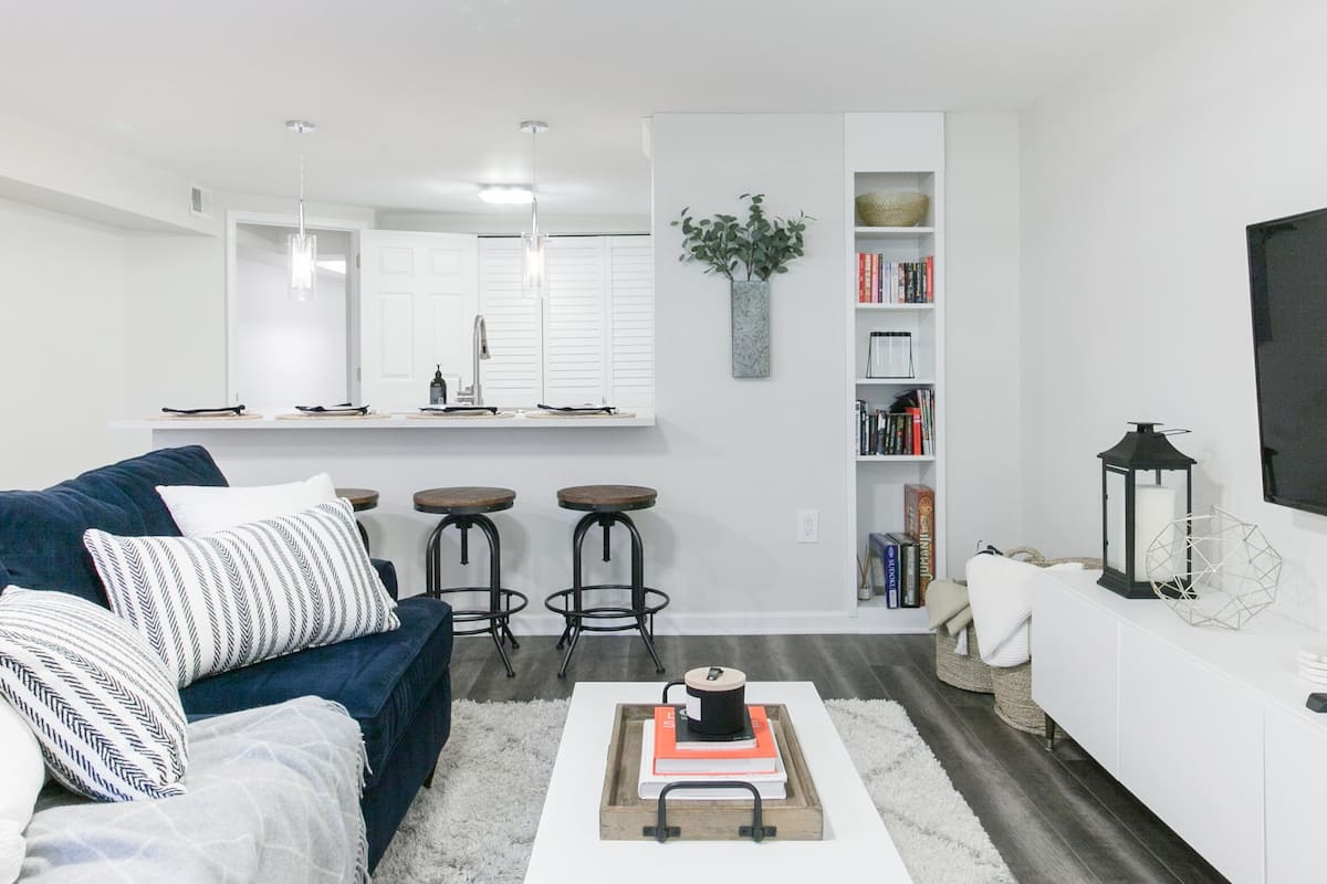 Renovated English Basement Apartment in Center of DC