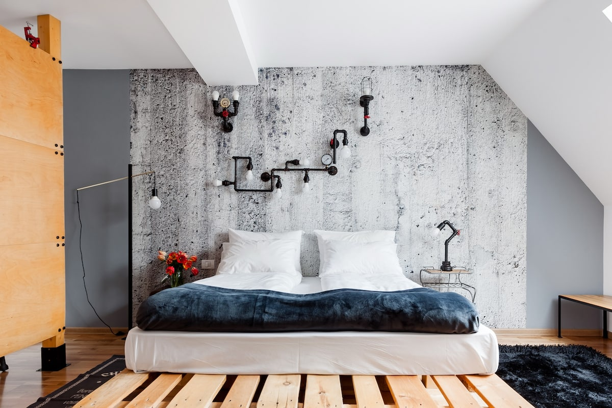 Cozy, Industrial-Chic Gem in the Heart of Bucharest