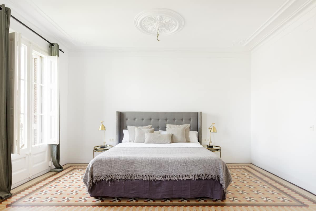 Art Deco Meets Modern Minimalism at a Hip Eixample Home