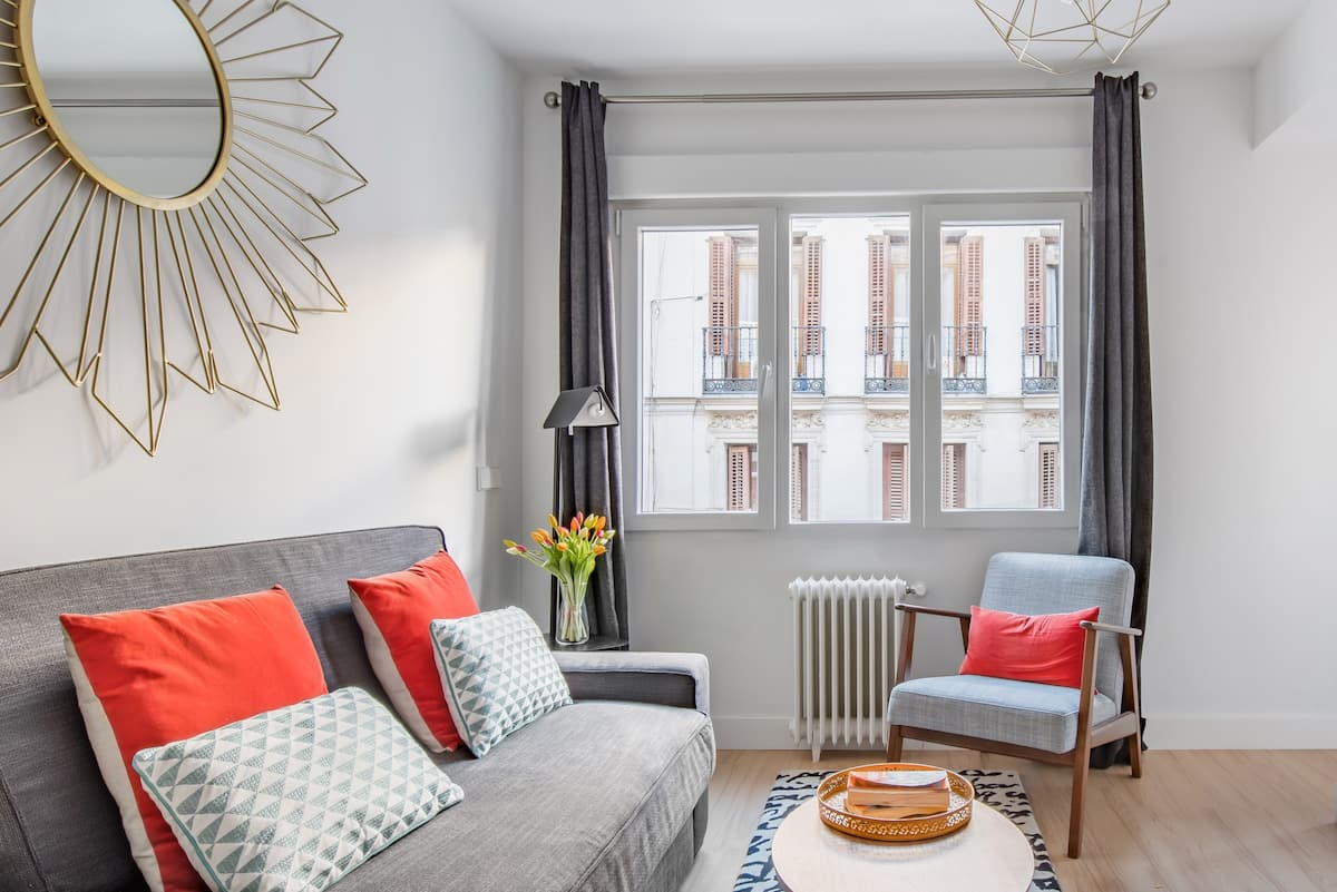 Stay in the Heart of the City in a Sunny Apartment