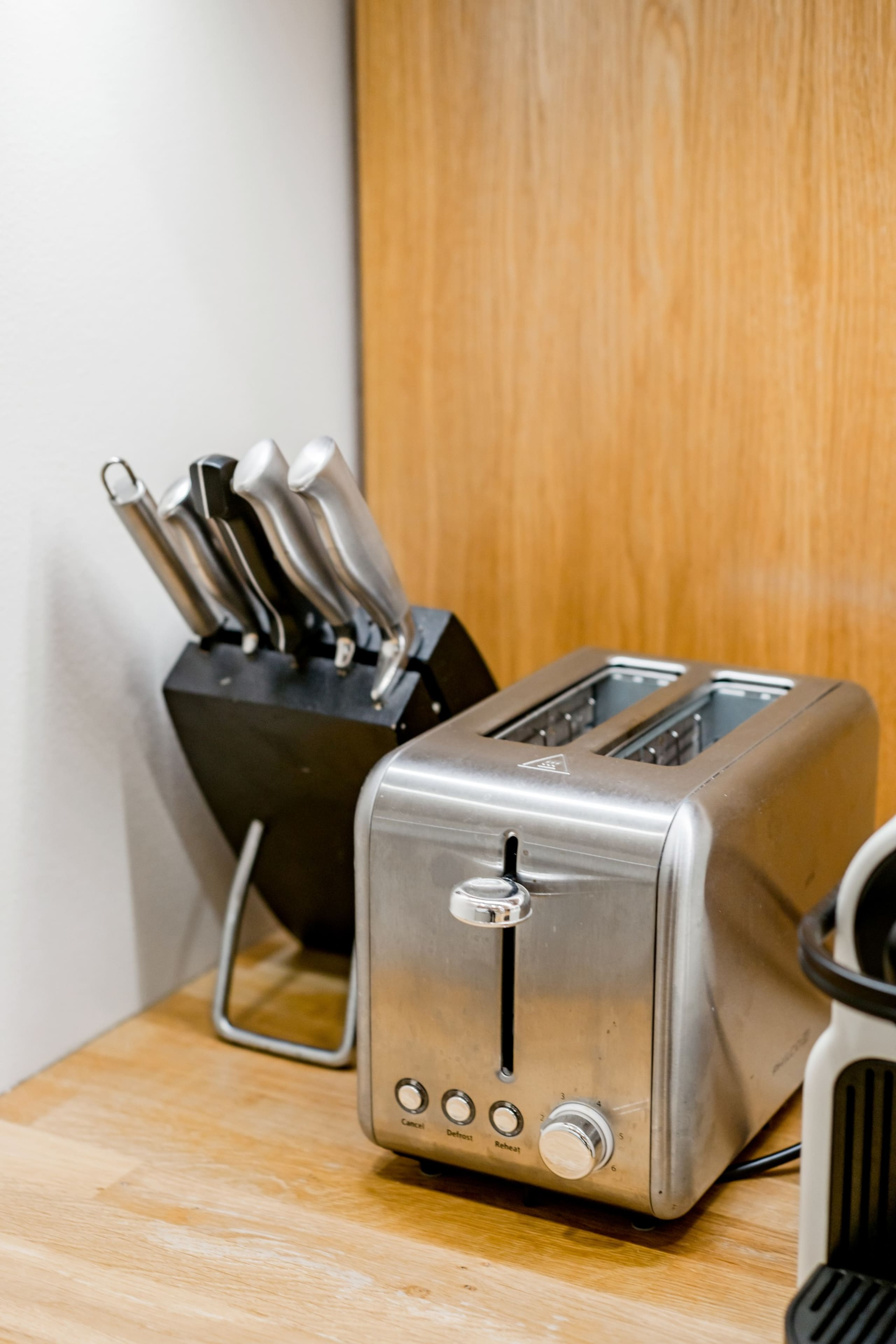 Nespresso coffee machine, toaster, kettle