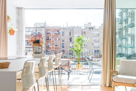 Serviced Minimalist Apartment with Private Balcony