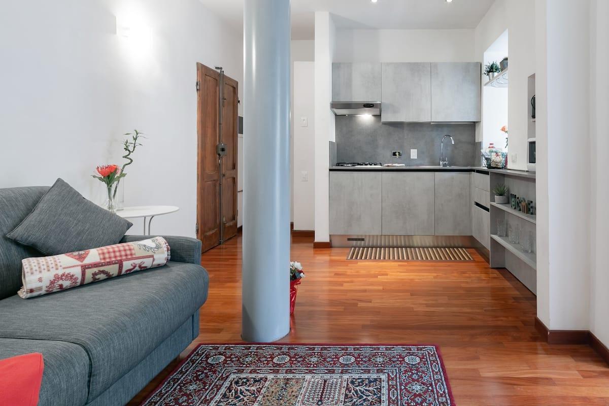 Pregiato appartamento fiorentino con giardino privato
