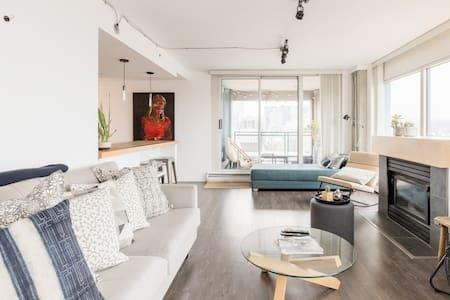 Amazing Views, Designer Apartment, Netflix Location Shoot