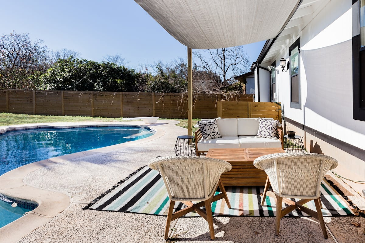 Retreat to a Charming South Austin House with a Pool