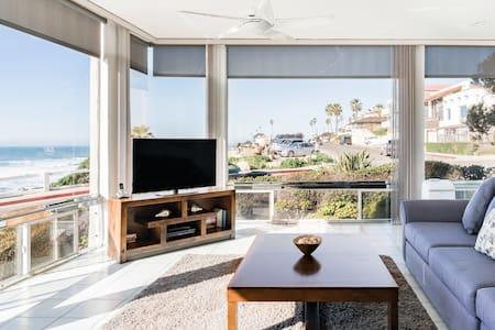 Windansea Beach Views from a Bright Apartment