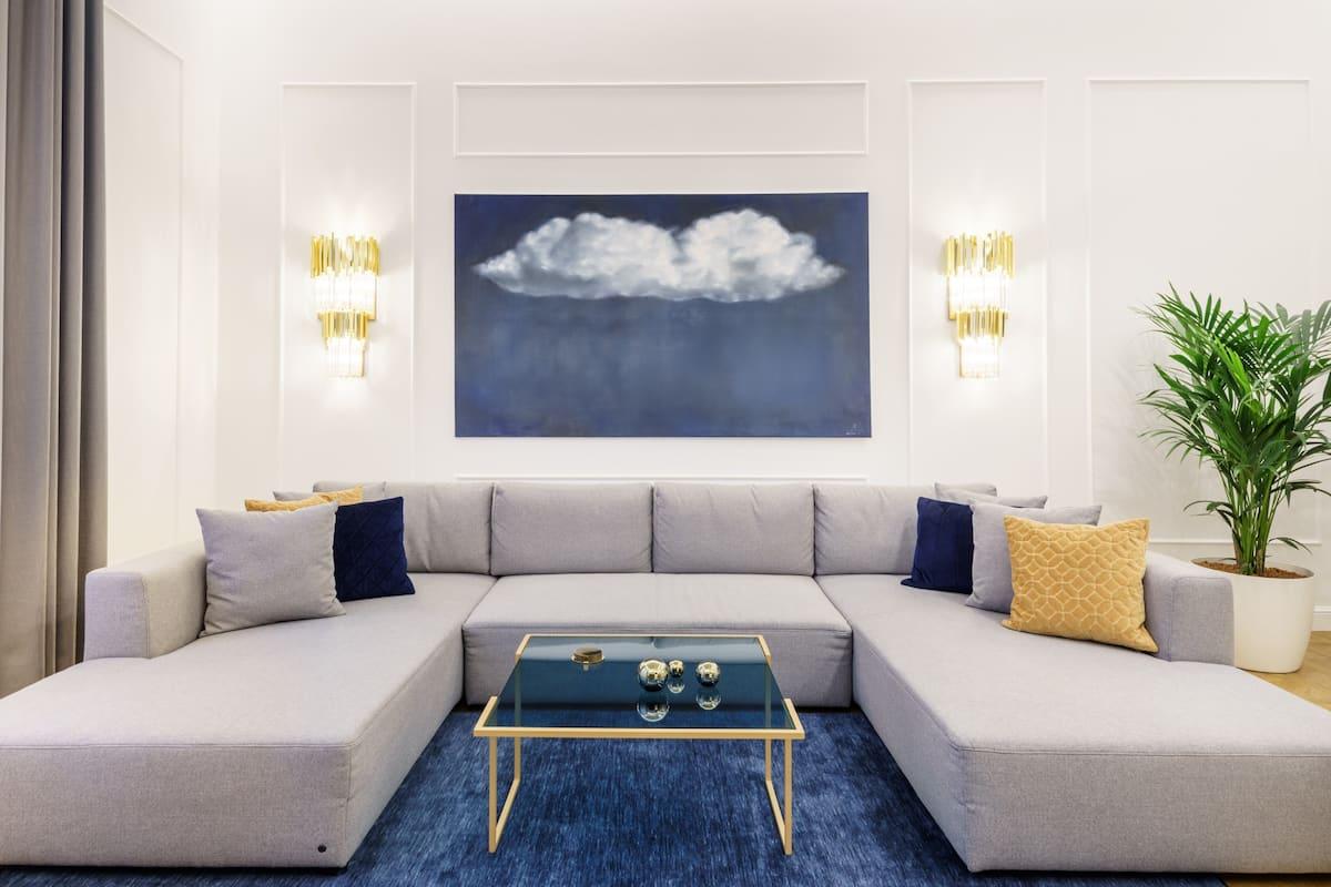 Chic, Captivating Apartment at Oktogon