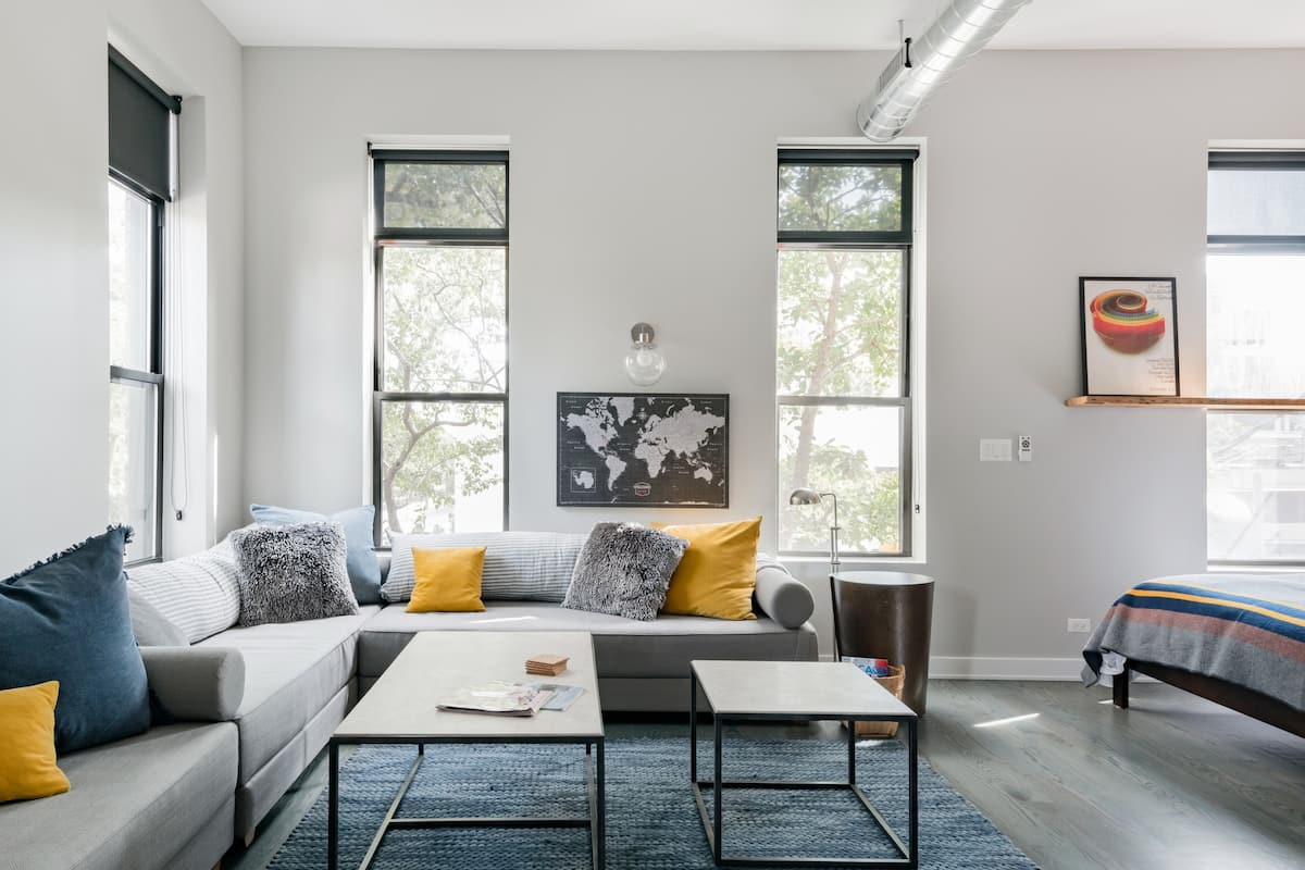 Explore Lincoln Park from a Polished Apartment