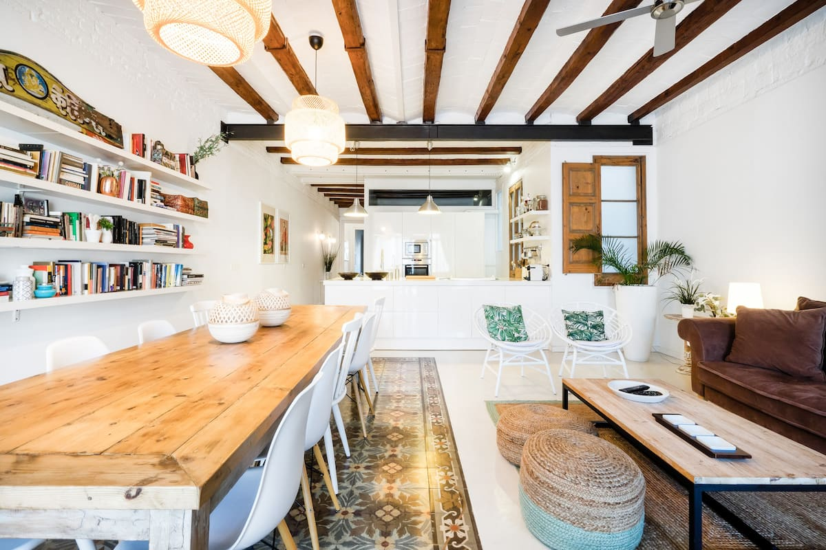 Airbnb Barcelona Vacation Rentals Places To Stay