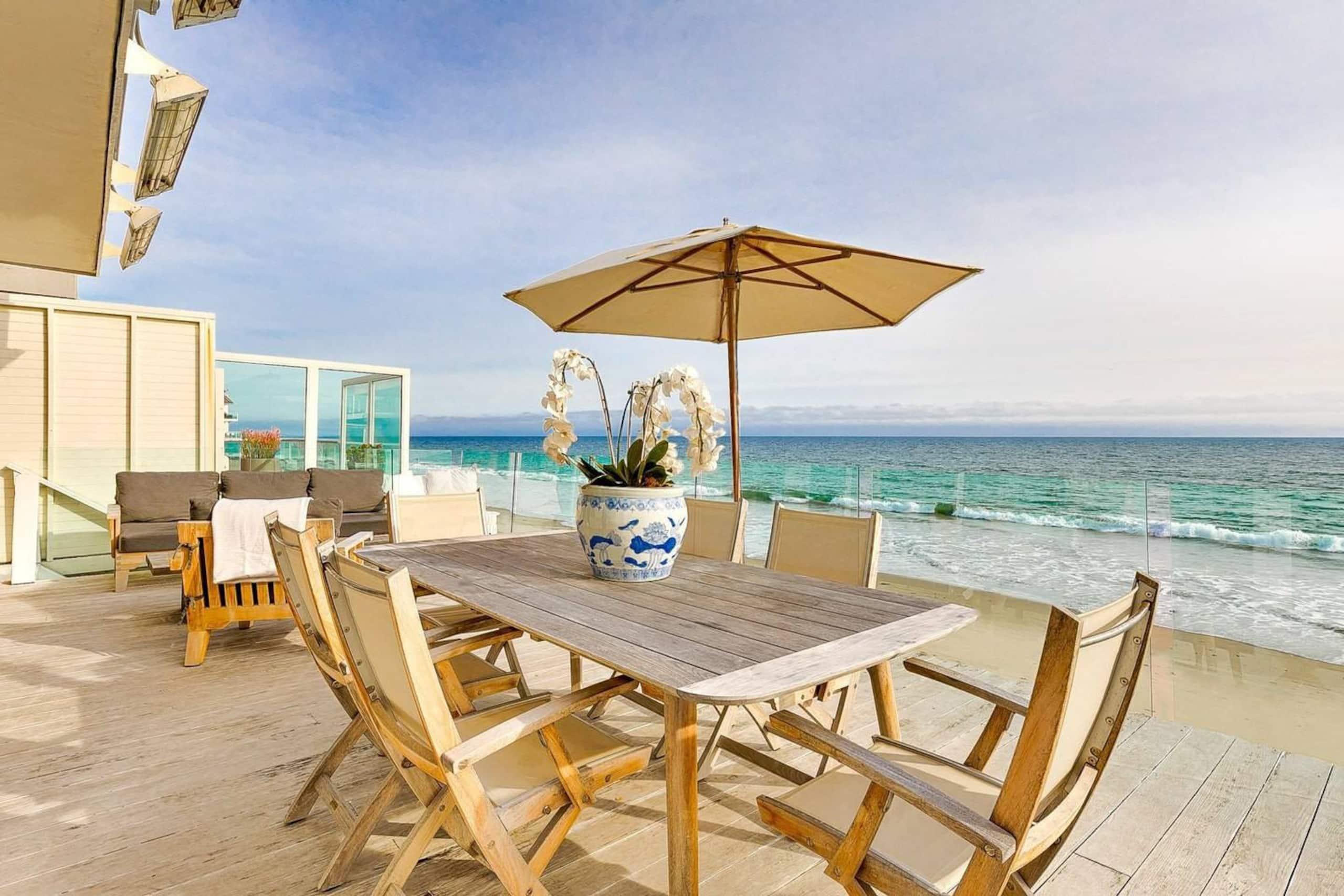 Apartment Villa Shawaiz - Beachfront Villa with 5 beds  photo 20360805