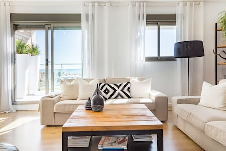 Stroll to the Beach from a Gorgeous Penthouse
