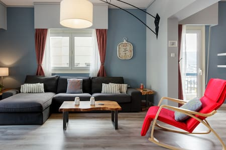 Explore Athens from a Stylish and Ample Diamond Home