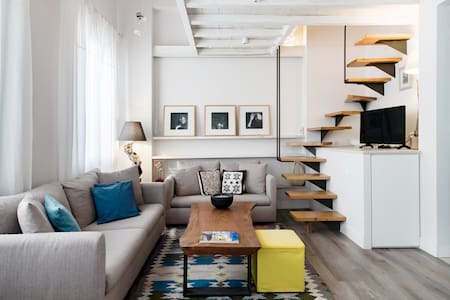 Chic New-Build Studio in the Heart of Historic Old Town