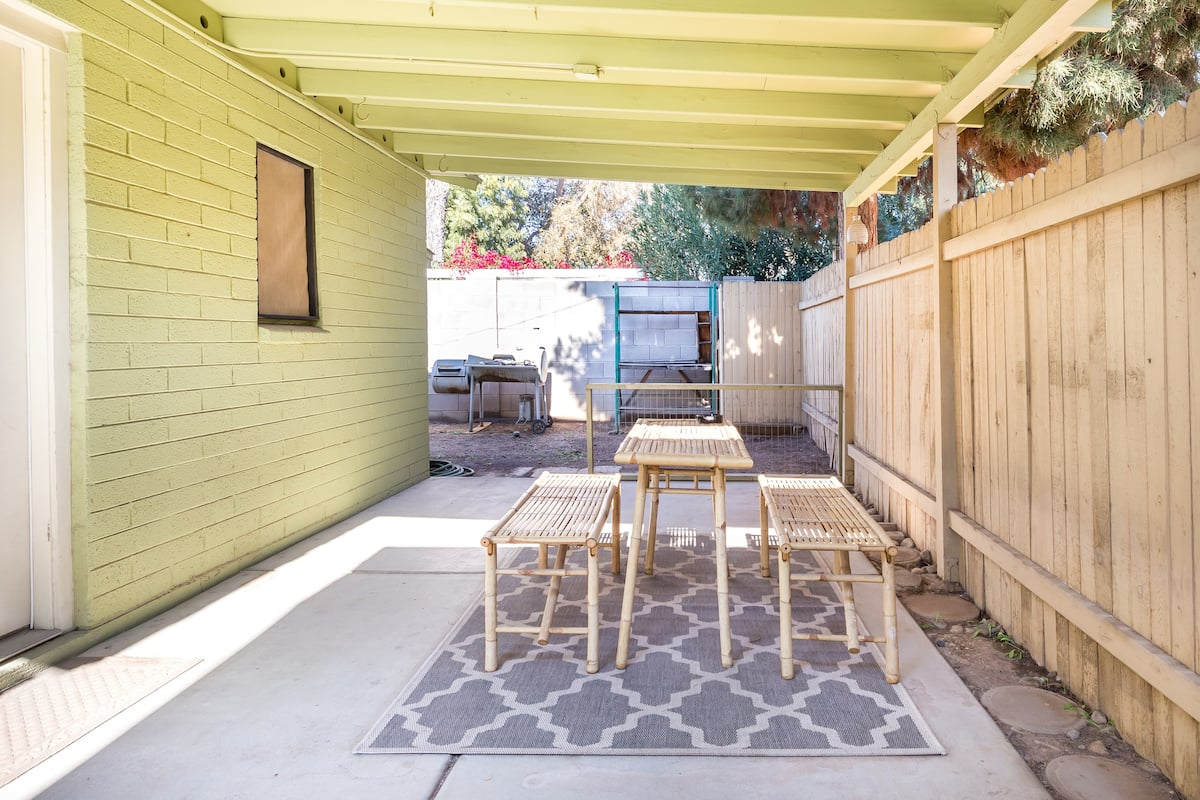 Explore Historic Glendale from a Century-Old Bungalow