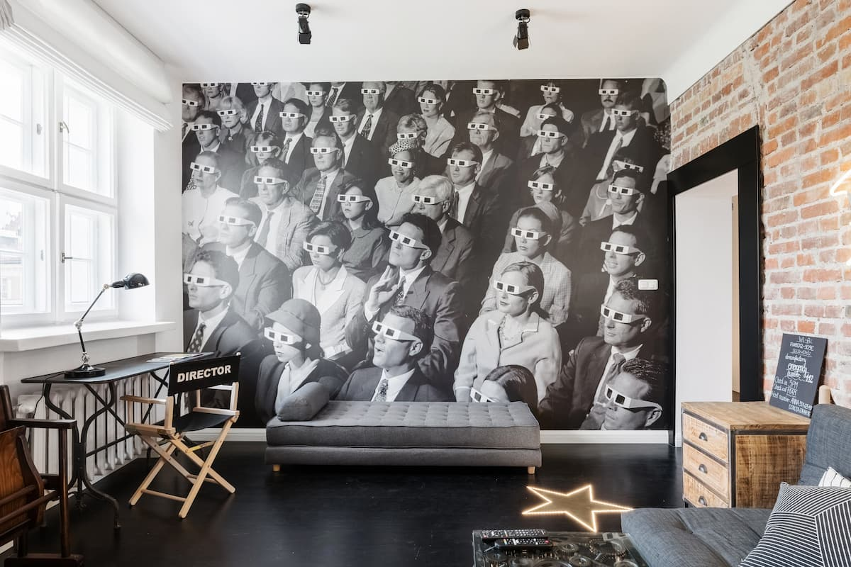 Relive the Silent Movie Era in Dream Factory Apartment