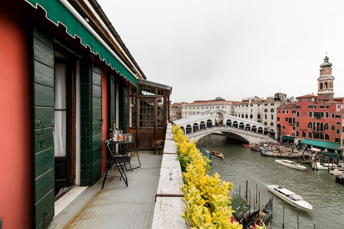 Exceptional Penthouse Apartment Overlooking the Grand Canal